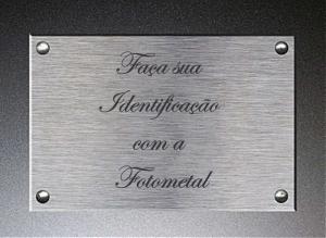 placa-identificacao-metal-curitiba